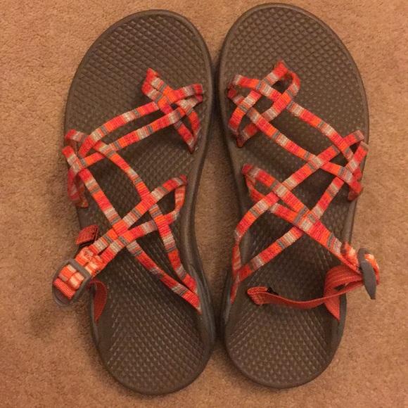 06c277706 Zong X Chaco sandals sz 7 BNIB